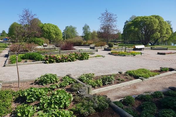 Kukkapuisto